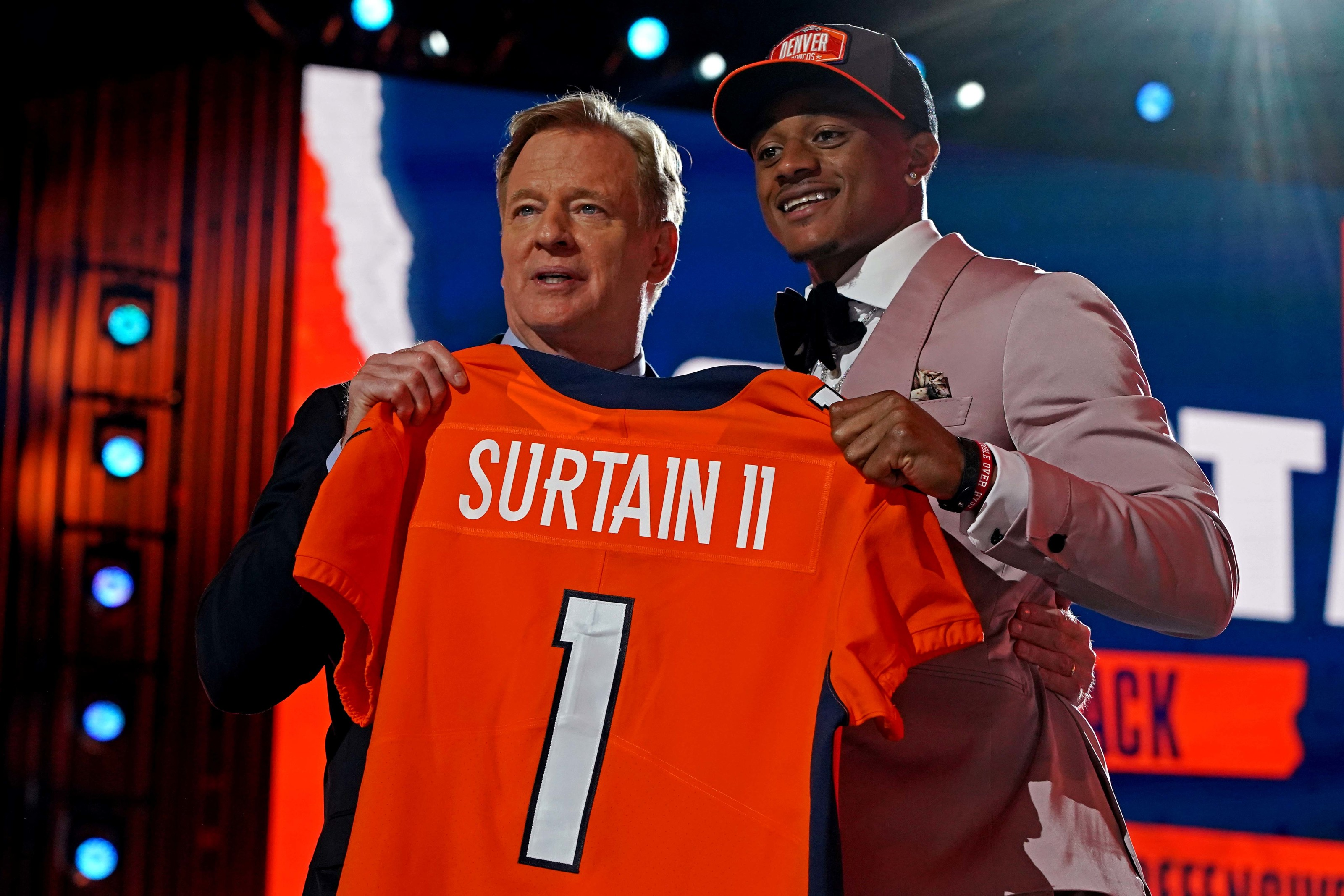 Denver Broncos: Overreacting to all the new jersey numbers